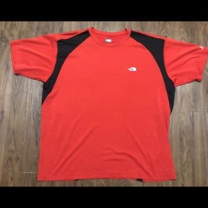 🏔 The North Face shirt